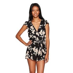 Black and Pink Floral Short Sleeve Romper✨